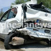 Κυριολεκτικά σμπαράλια έγινε το λευκό Nissan Micra της 44χρονης!