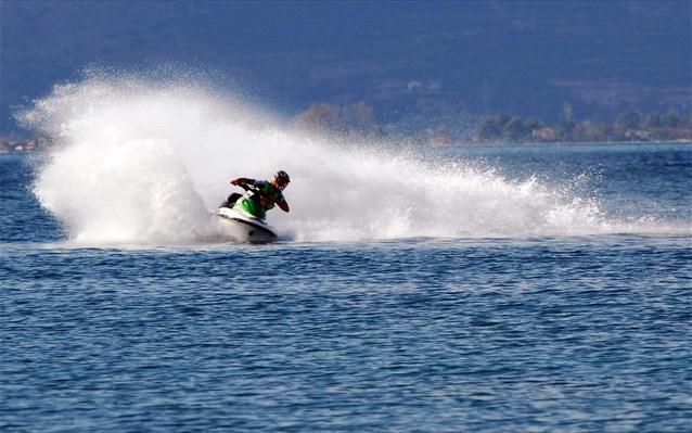 Δύο τραυματίες σε αγώνες «Jet Ski» στην Αμαλιάπολη του Βόλου