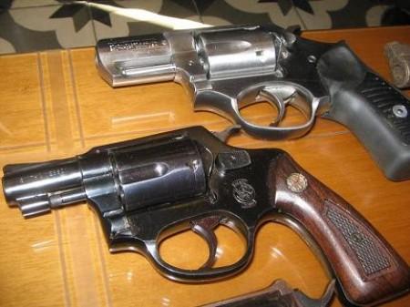 Αποτέλεσμα εικόνας για πιστόλια