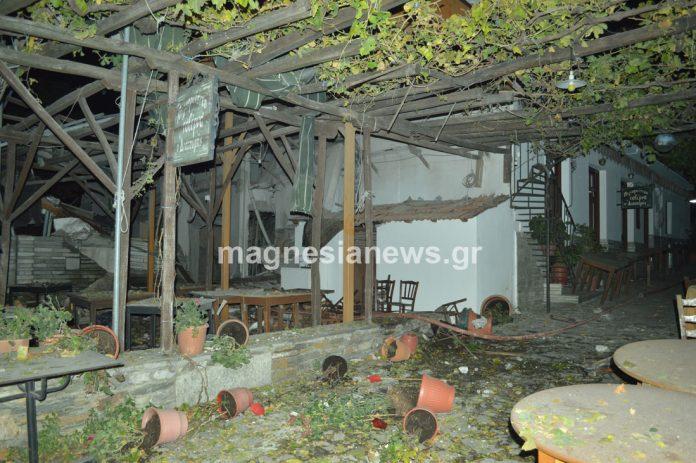 «Βιβλική» καταστροφή χθες βράδυ στο κέντρο της Πορταριάς μετά από έκρηξη δεξαμενής προπανίου σε ταβέρνα (ΦΩΤΟ-VIDEO)