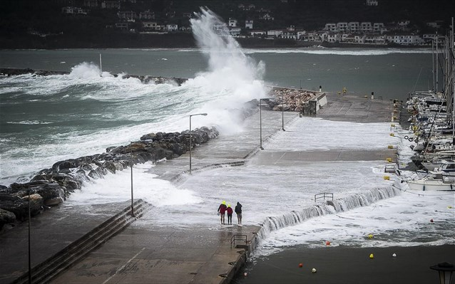 Μεγάλες καταστροφές από την κακοκαιρία στη Σκόπελο