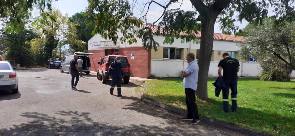 Εδώ βρήκε τον Θάνατο ο 40χρονος Πυροσβέστης-Έπλεναν οδόστρωμα και έπεσε Νεκρός[photos]